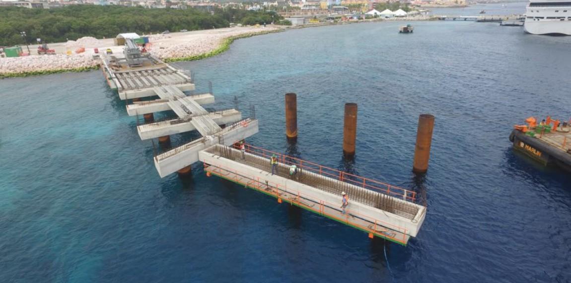 1- Mega Cruise Pier II - Curaçao